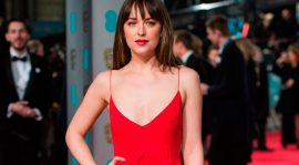 "Dakota Johnson tuvo ""problemas"" con Chris Hemsworth"
